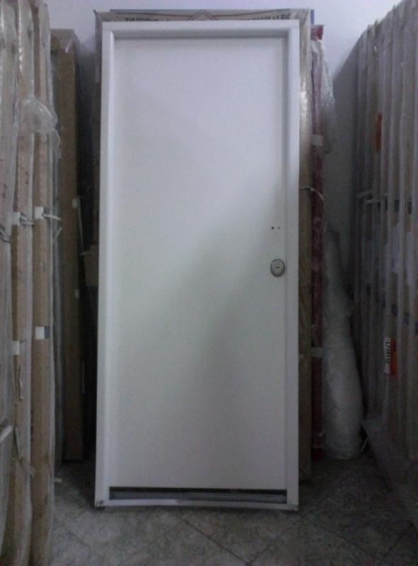 Lojas de Portas Blindadas Preço Coxim - Portas Blindadas com Montagem