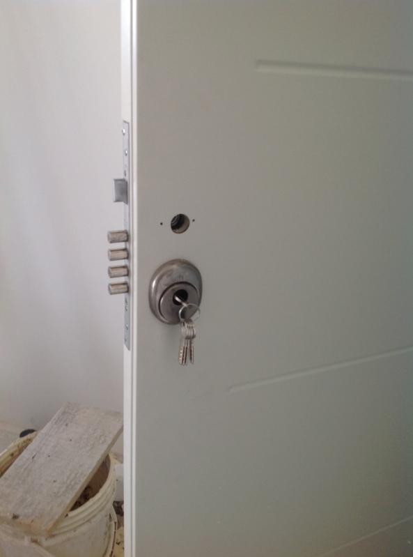 Porta Anti Arrombamento para Casa