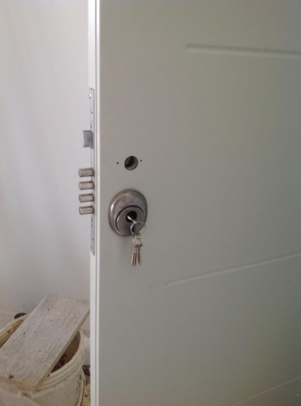 Porta Blindada com Montagem Cascavel - Porta Blindada com Biometria