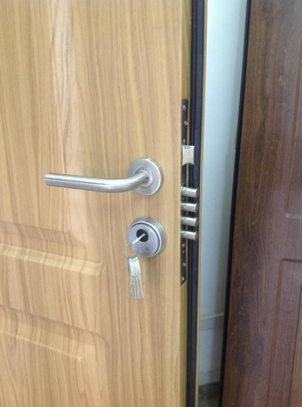 Portas Blindadas de Madeira Coari - Porta Blindada com Vidro