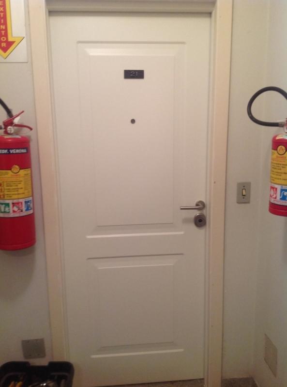 Serviço de Conserto de Portas Blindadas Porto Seguro - Portas Blindadas com Montagem